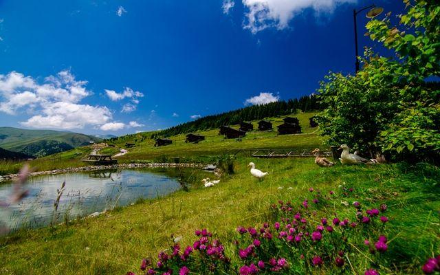 MTEyMDU0Nz-turkiyede-81-ilde-527-doga-turizm-alani-belirlendi